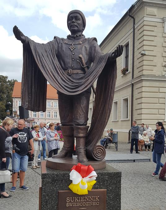 A ceremonial unveiling of the sculpture of the Świebodzin's Clothier