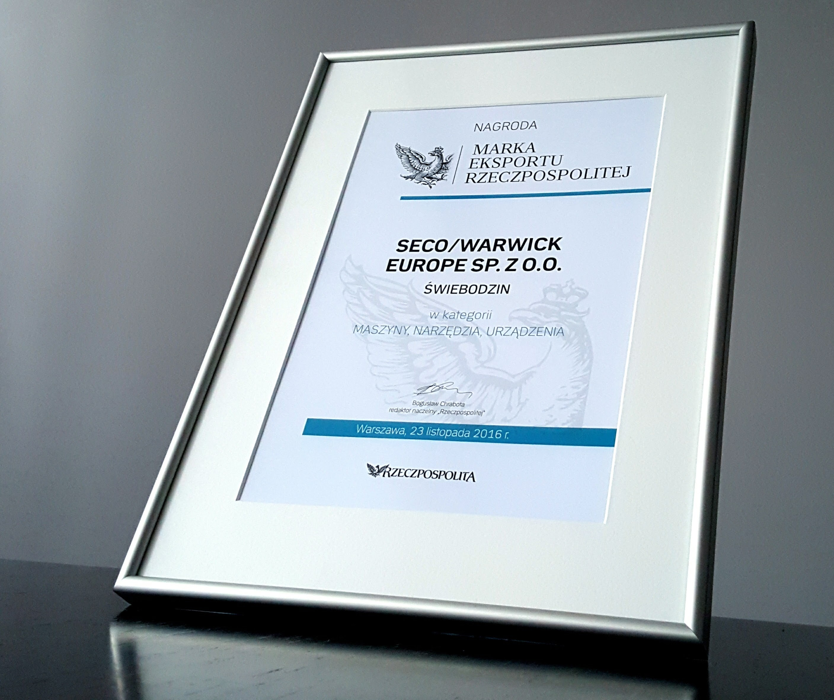 "SECO/WARWICK with the Export Brand title from ""Rzeczpospolita"""